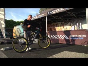 Canyon Strive AL 9.0 Team und 8.0 Race - Features and Facts - English